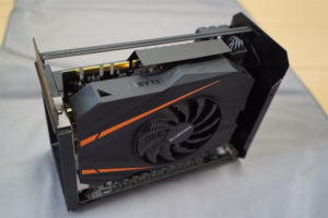 Aorus Gaming Box GPU 交換